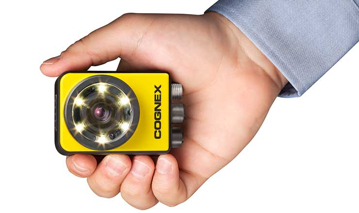 Cognex In-Sight 7000 kézben